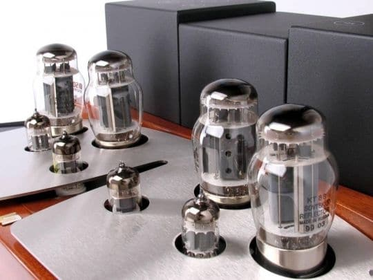 Unison Research SINFONIA Integrated Valve Amplifier (Detail)