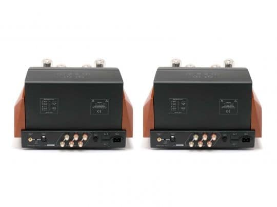 UNISON RESEARCH REFERENCE MONO Power Amplifiers (Rear)