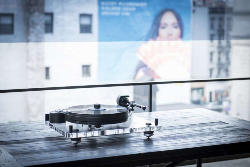 Pro-Ject PerspeX SB